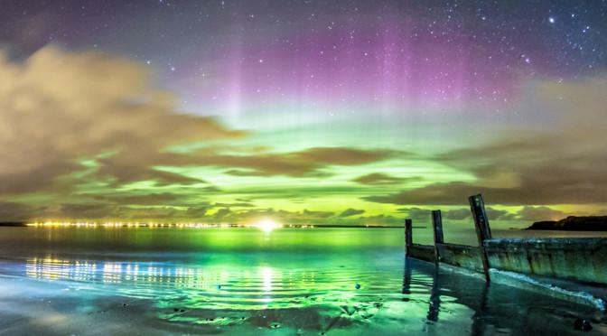 10 Foto mozzafiato dell'aurora boreale scattate in un isola scozzese