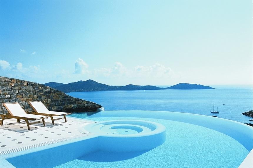 Le 24 fantastiche piscine dove dovete tuffarvi almeno una volta nella vita (17)