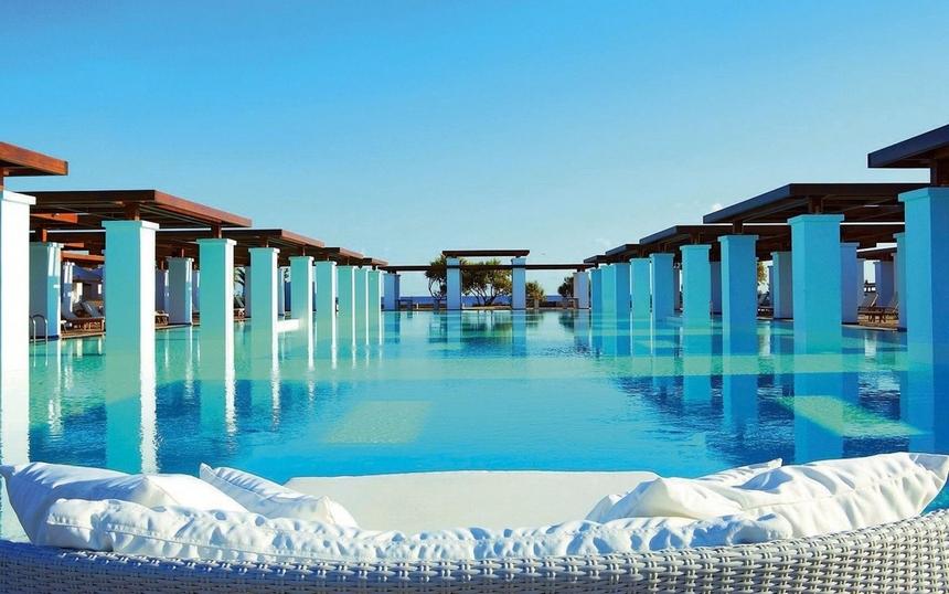 Le 24 fantastiche piscine dove dovete tuffarvi almeno una volta nella vita (4)