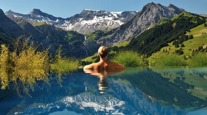 Le 24 fantastiche piscine dove dovete tuffarvi almeno una volta nella vita