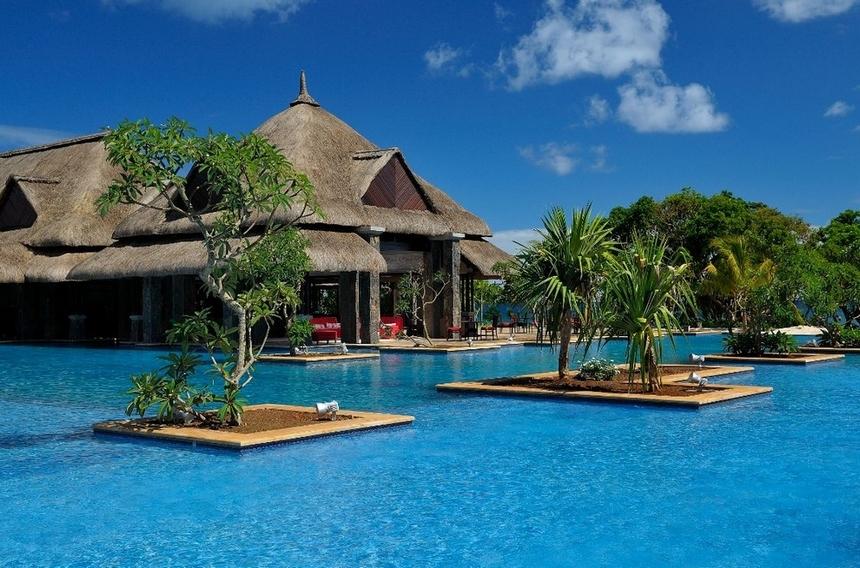 Le 24 fantastiche piscine dove dovete tuffarvi almeno una volta nella vita (8)