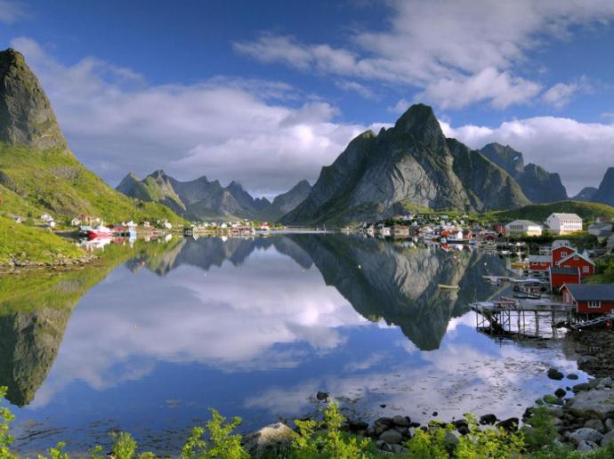 14. Reine, Norway