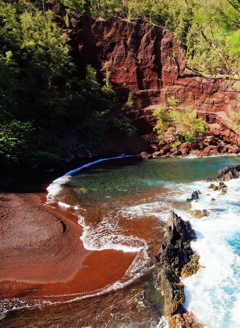 REd-Sand-Beach-Hawaii