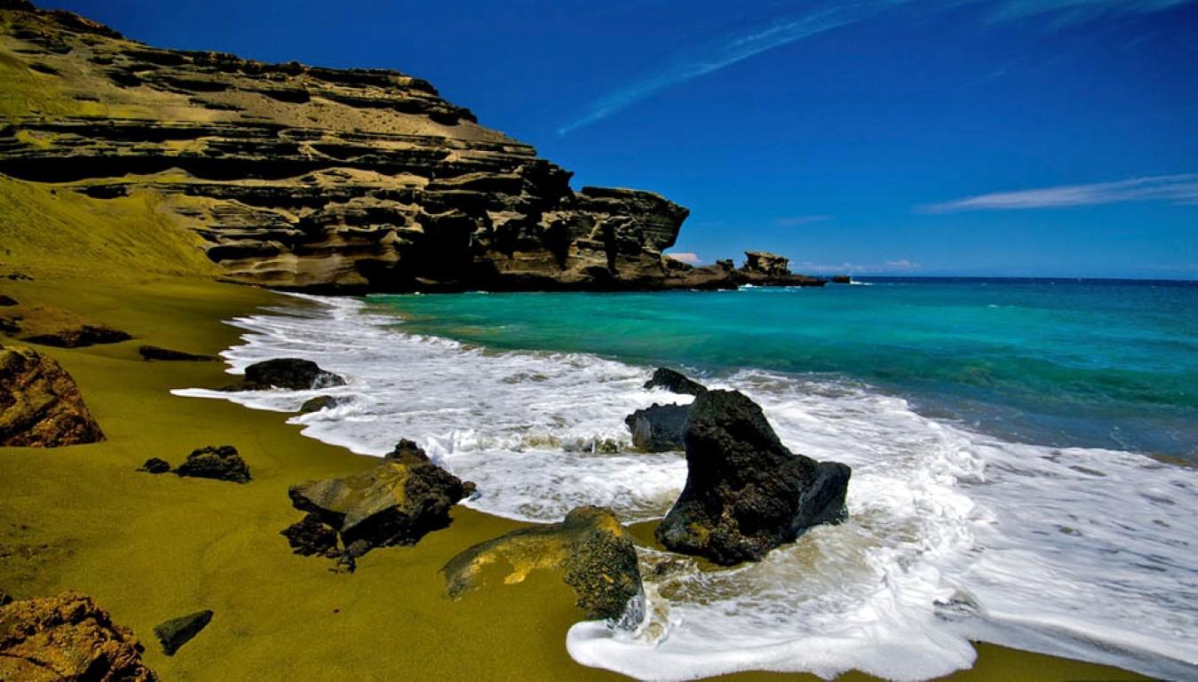green-sand-beach-hawaii
