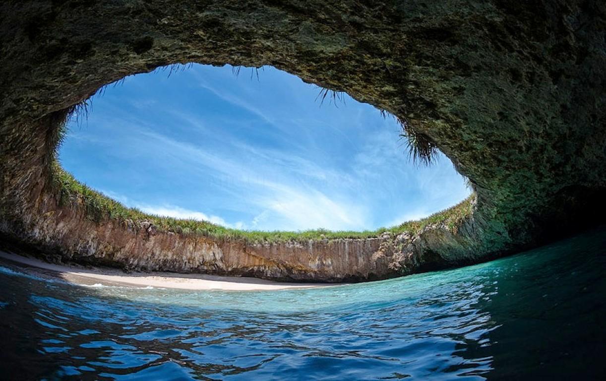 hidden-beach-mexico-2