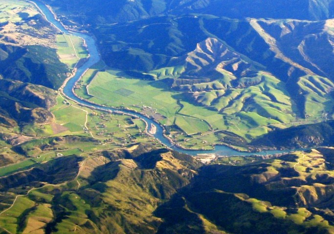 Beaumont,_New_Zealand_aerial_photo_2006
