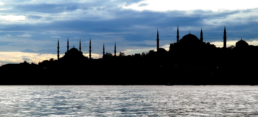 Istanbul: Where East Meets West – Travel Guide