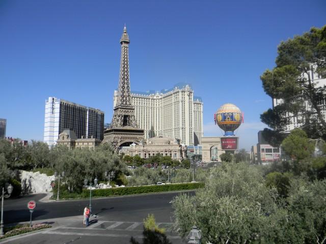 Paris_hotel_(Las_Vegas)1