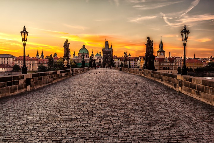 Experience the Romance of Prague – City Guide