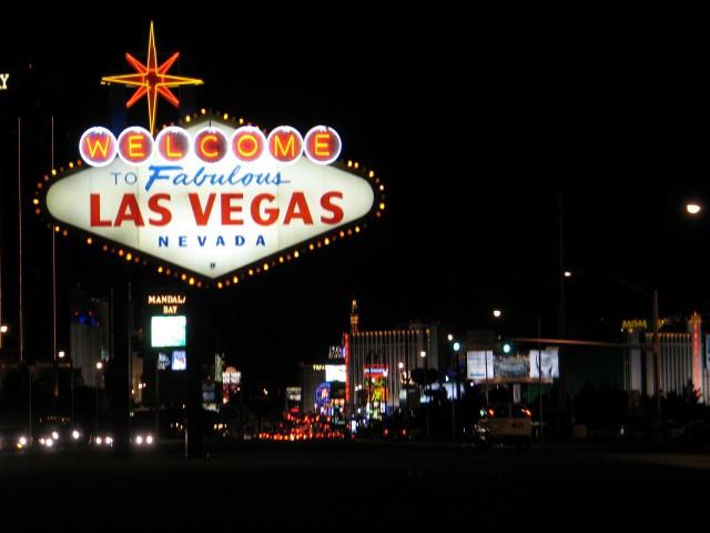 Livin' Las Vegas: The City's Theme Hotels