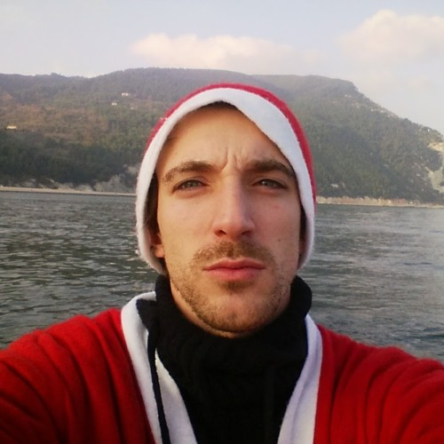 Matteo Secchi - Travelling Around Xmas